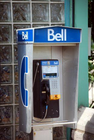 カナダの電話